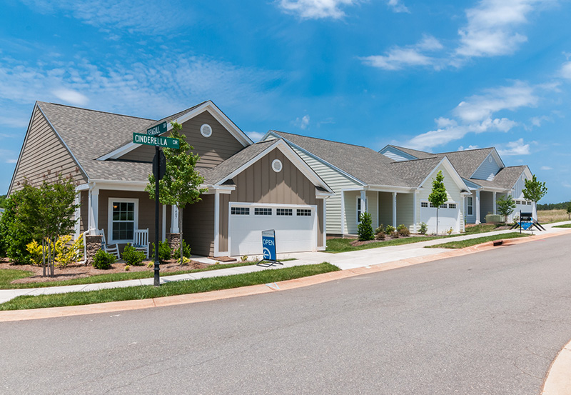 Edgewater active adult community lancaster sc homes for Edgewater retirement home